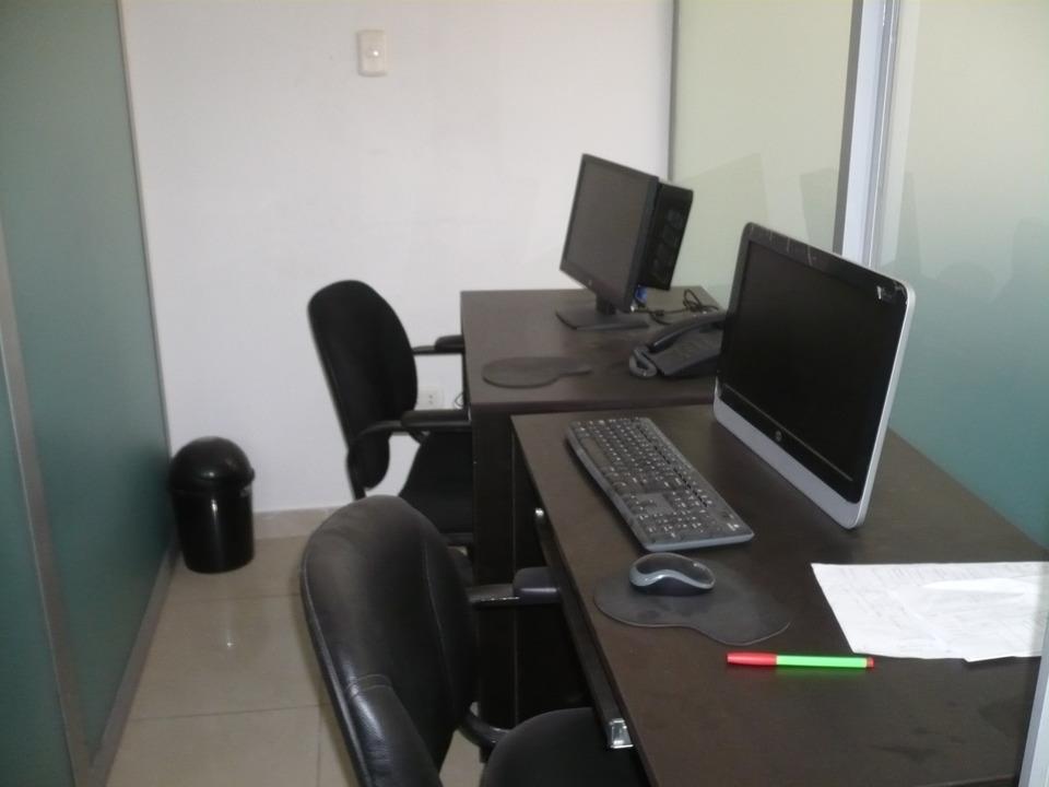 Venta de Oficina en Lima con 1 baño - 93m2 area construida