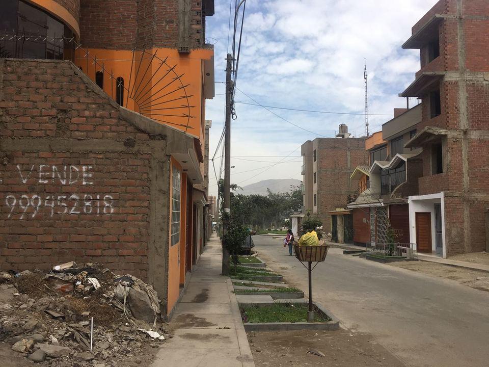 Venta de Terreno en Lurigancho, Lima - 20 metros fondo