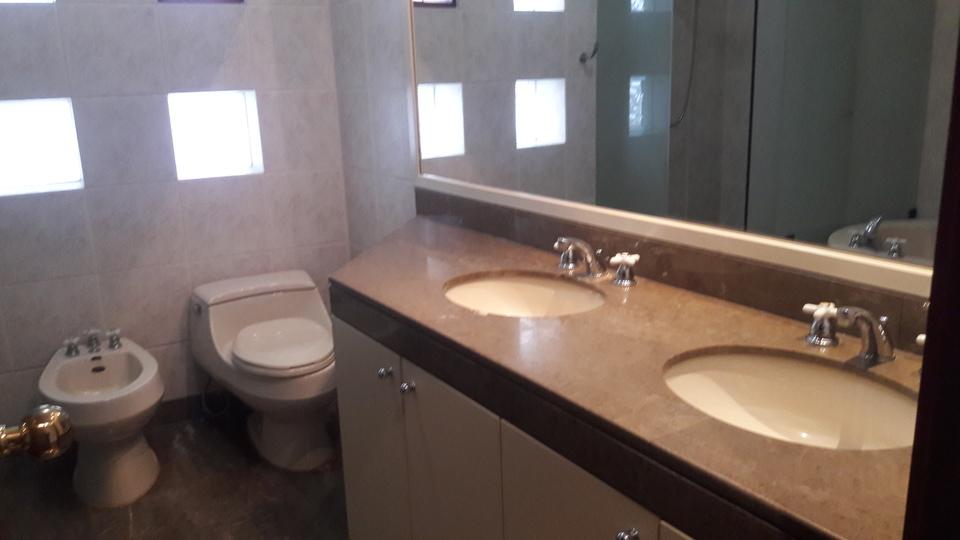 Alquiler de Departamento en Chorrillos, Lima - con 4 baños