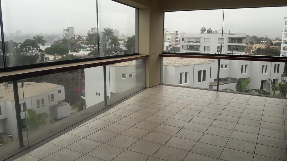 Alquiler de Departamento en Chorrillos, Lima - en el cuarto piso