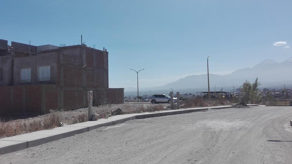 Venta de Terreno en Jose Luis Bustamante Y Rivero, Arequipa -vista 4