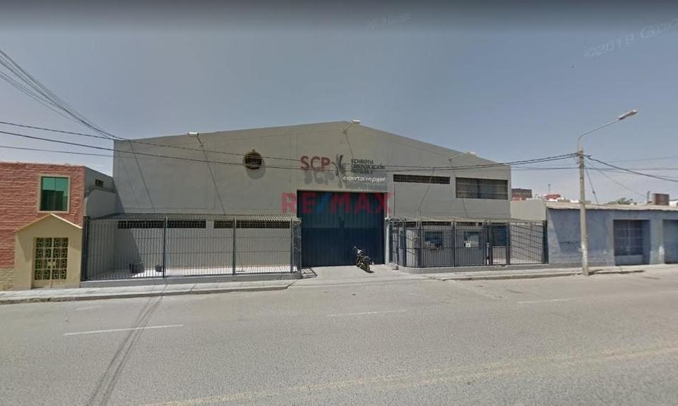 Venta de Local en Chiclayo, Lambayeque con 5 baños