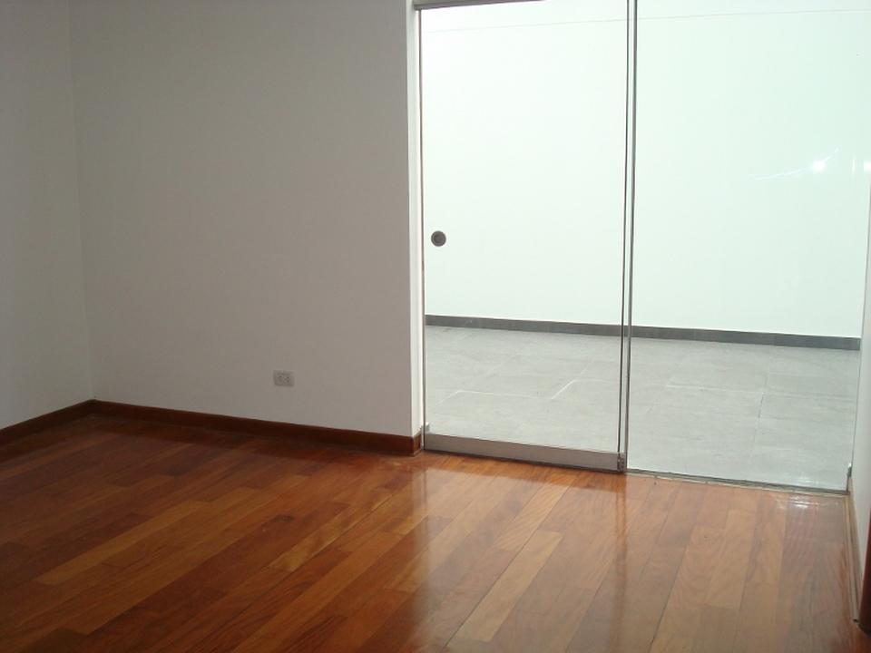 Alquiler de Departamento en Santiago De Surco, Lima con 2 baños - vista principal