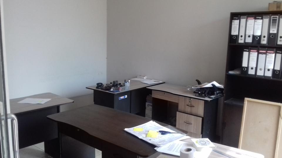 Alquiler de Oficina en Arequipa con 1 baño - -2m2 area total
