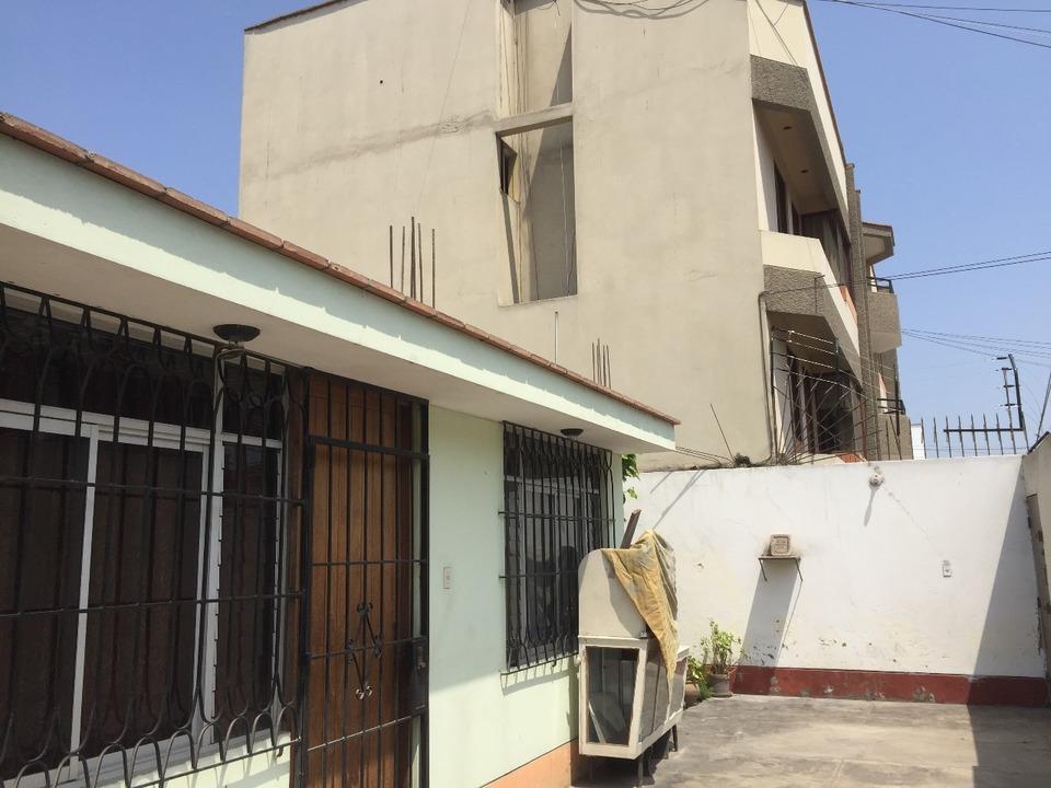Venta de Terreno en Santiago De Surco, Lima - con vista urbano