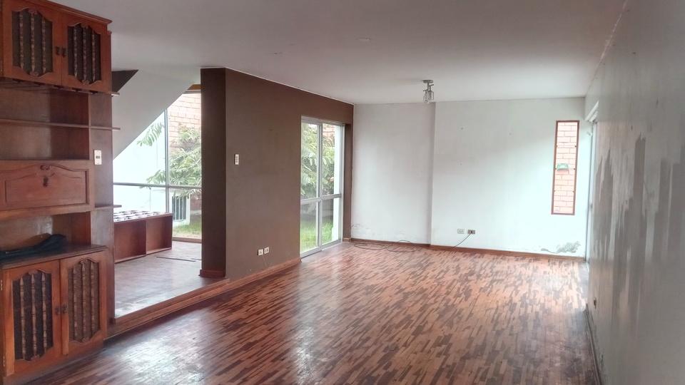 Venta de Casa en La Molina, Lima - 378m2 area total