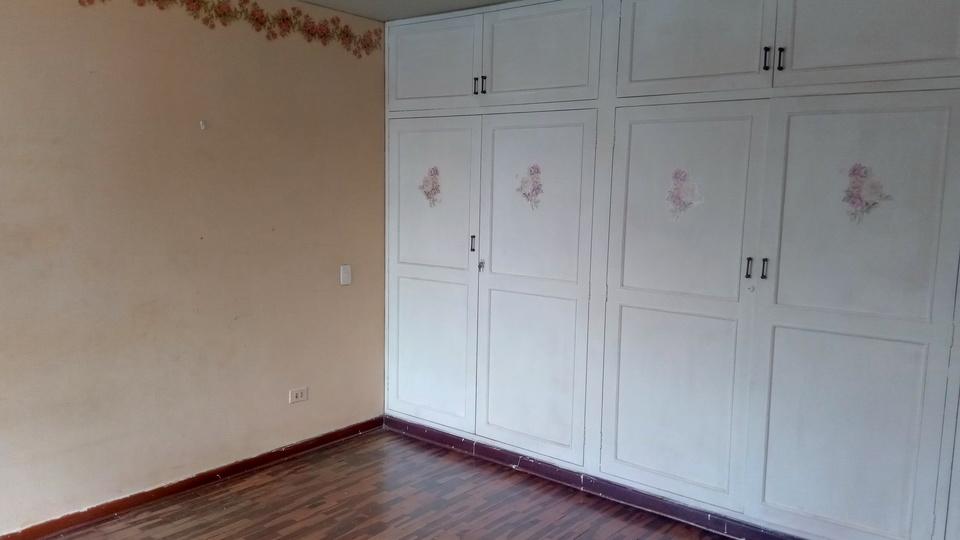 Venta de Casa en La Molina, Lima - con lavandería