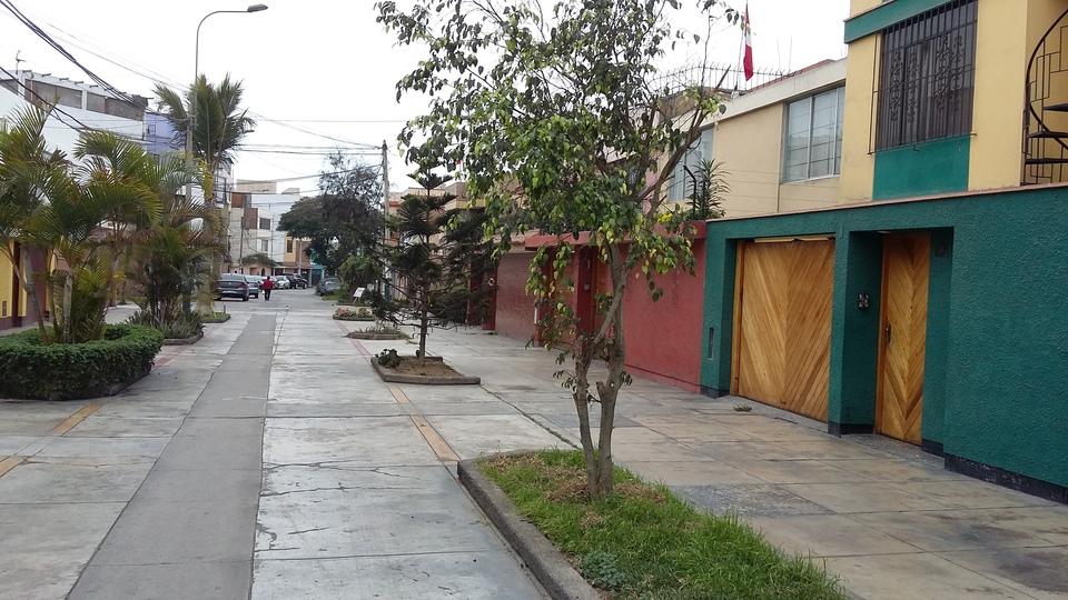 Venta de Casa en Lima con 14 dormitorios con 9 baños - vista principal