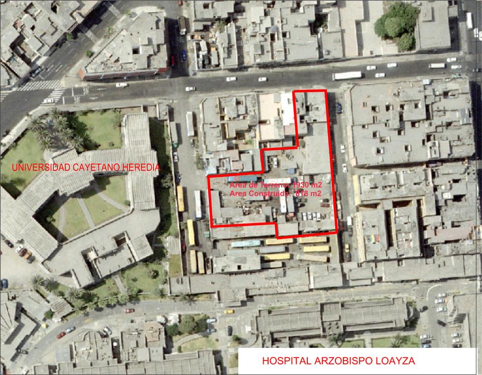 Venta de Terreno en Lima 1900m2 area total 543m2 area construida