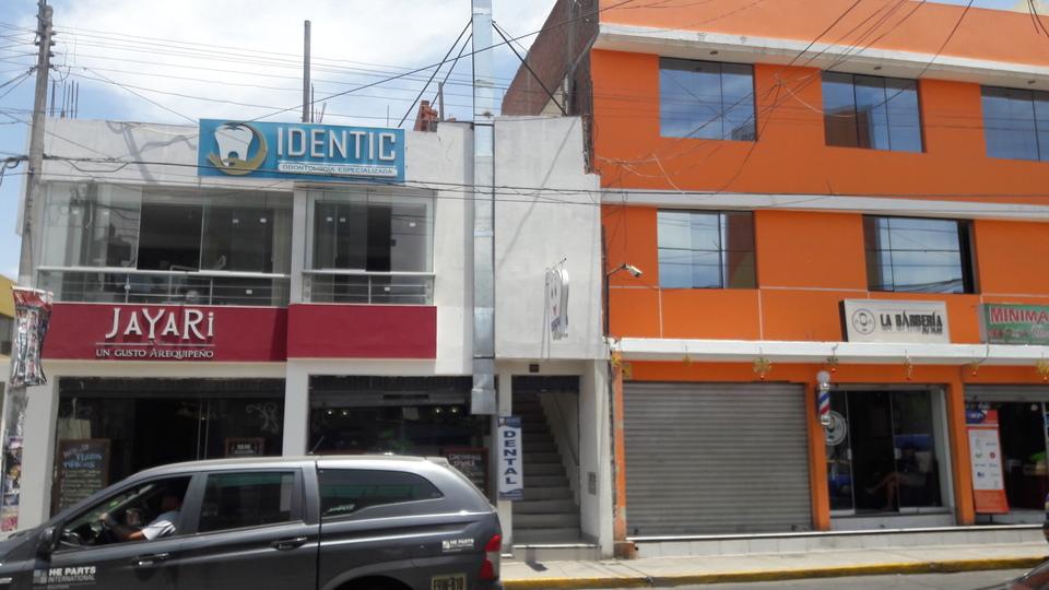 Alquiler de Local en Arequipa con 1 baño 130m2 area total