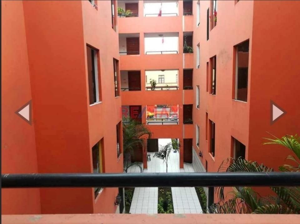 Venta de Departamento en Pueblo Libre, Lima con 2 baños
