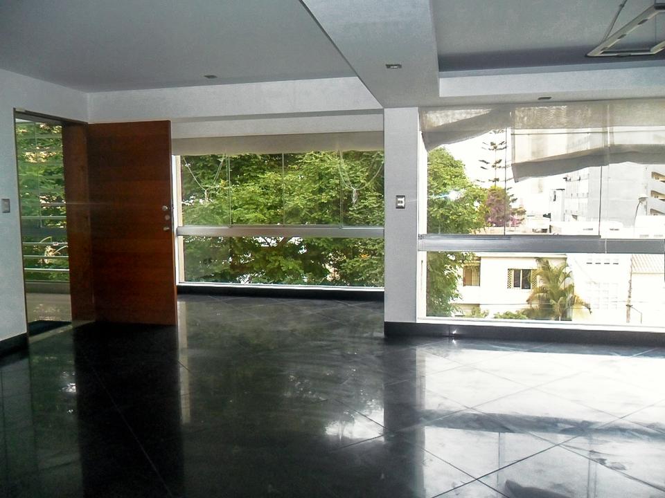 Alquiler de Departamento en San Isidro, Lima con 3 dormitorios