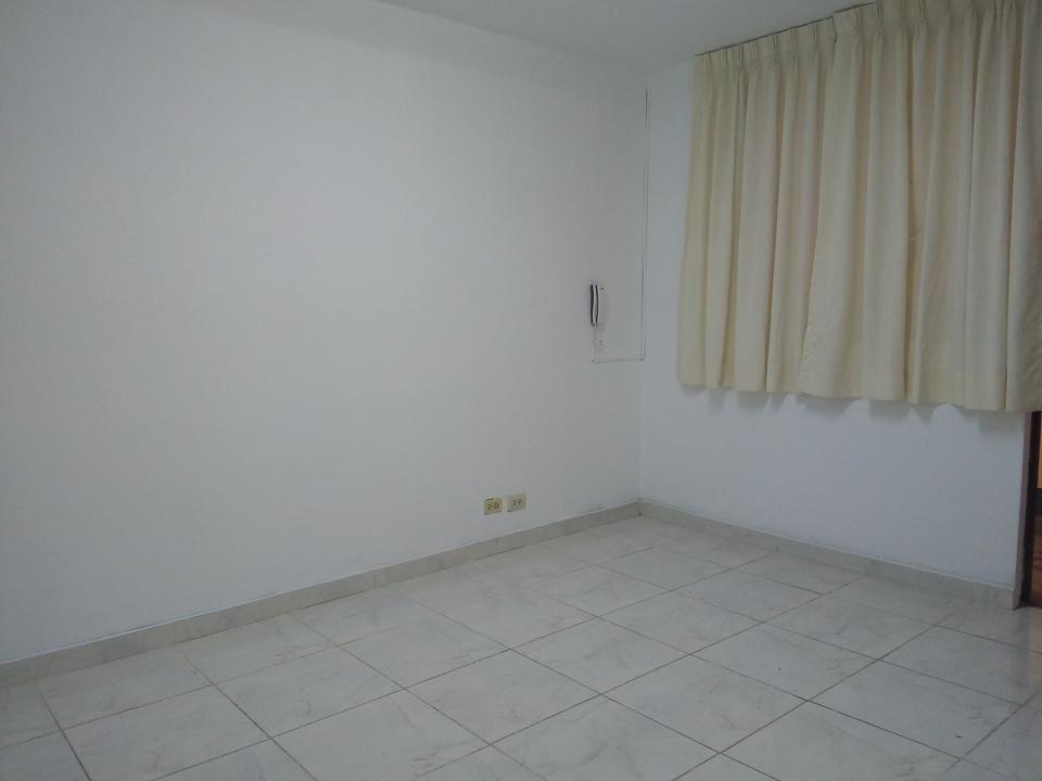 Alquiler de Oficina en San Borja, Lima con 1 baño