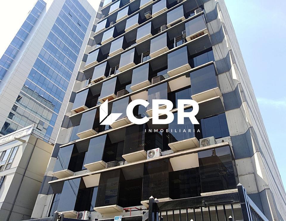 Alquiler de Oficina en San Isidro, Lima 326m2 area total