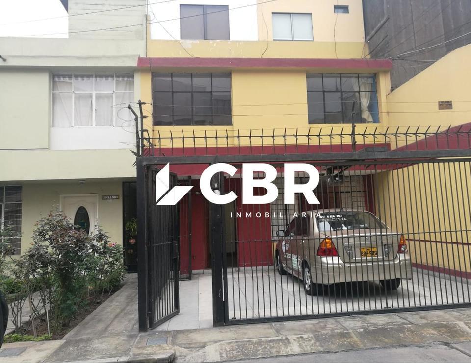 Alquiler de Local en Pueblo Libre, Lima con 2 baños