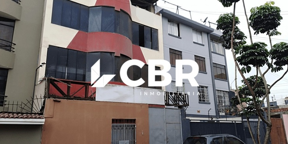 Venta de Oficina en Lima con 8 baños 196m2 area total