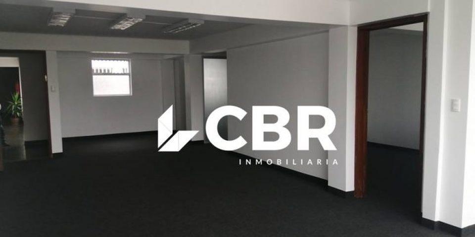 Alquiler de Oficina en San Isidro, Lima con 2 baños