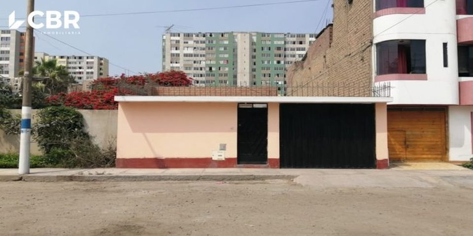 Venta de Casa en Comas, Lima con 3 dormitorios