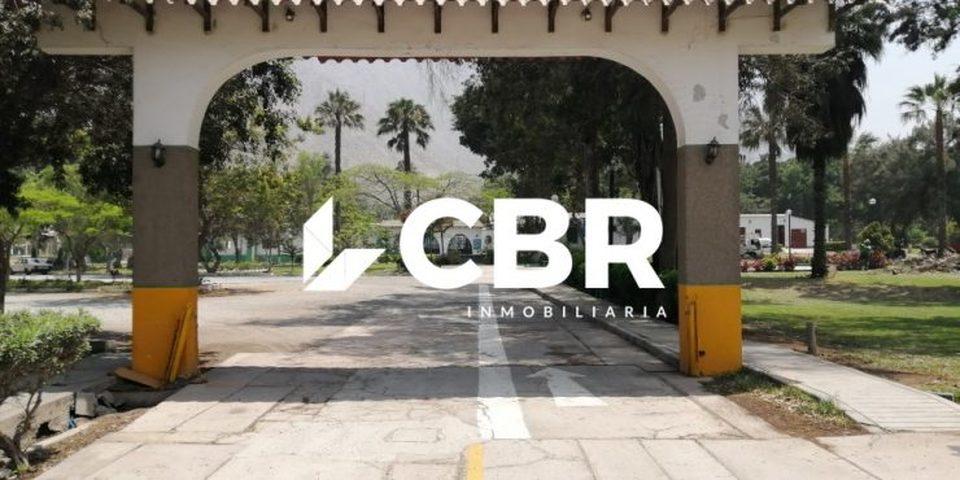 Venta de Terreno en Lima 200m2 area total 20 metros fondo