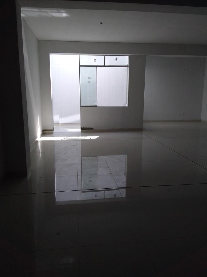 Alquiler de Local en Comas, Lima con 2 baños - vista principal