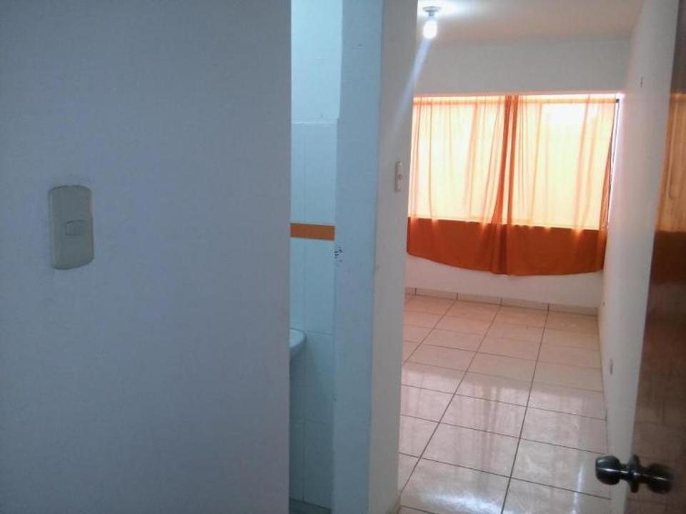 Alquiler de Habitación en San Martin De Porres, Lima con 1 baño - vista principal