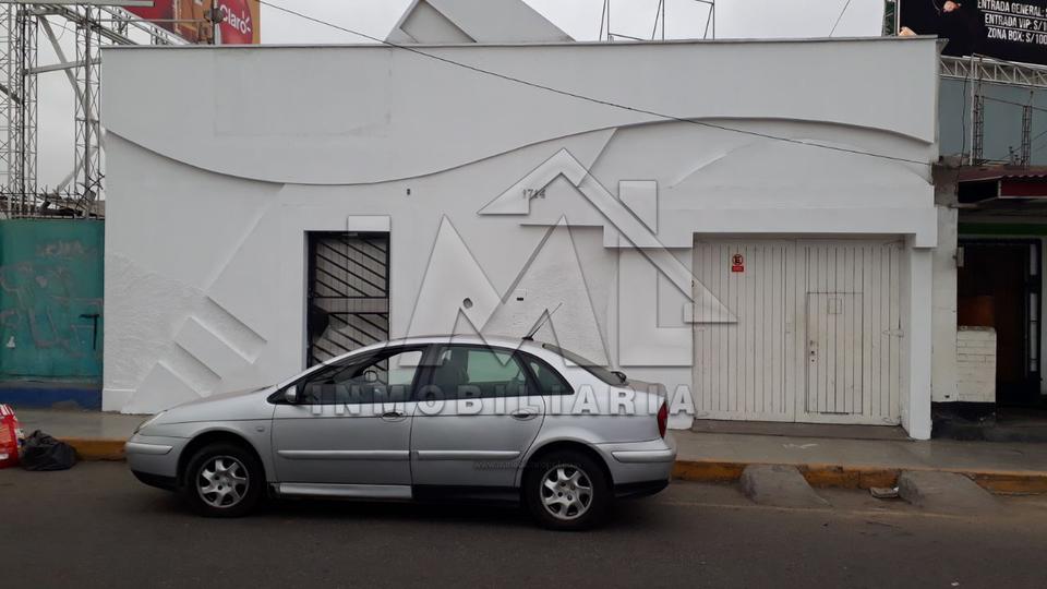 Venta de Local en Trujillo, La Libertad con 7 baños