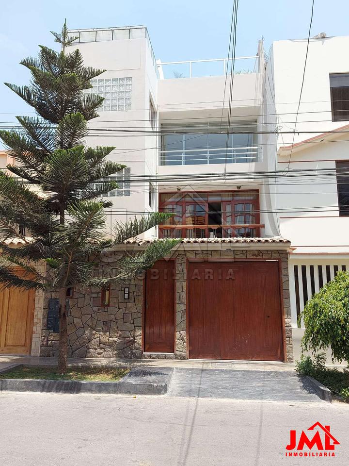 Venta de Departamento en Trujillo, La Libertad con 3 dormitorios