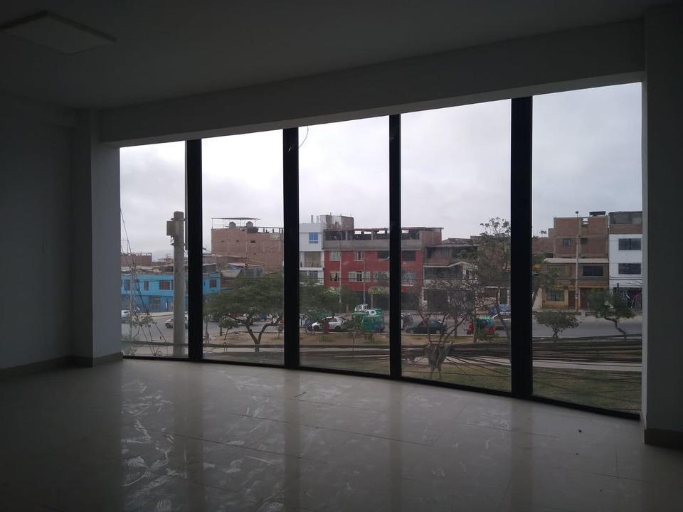 Alquiler de Local en Villa El Salvador, Lima con 2 baños