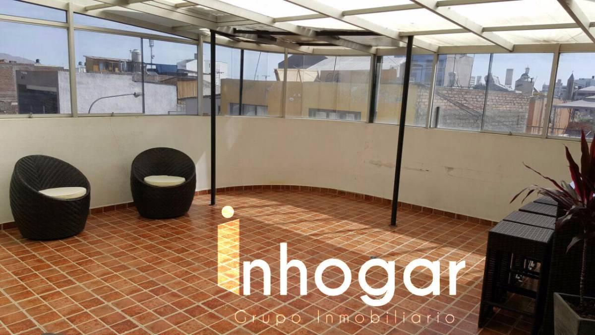 Alquiler de Departamento en Arequipa con 3 baños con 1 estacionamiento - vista principal
