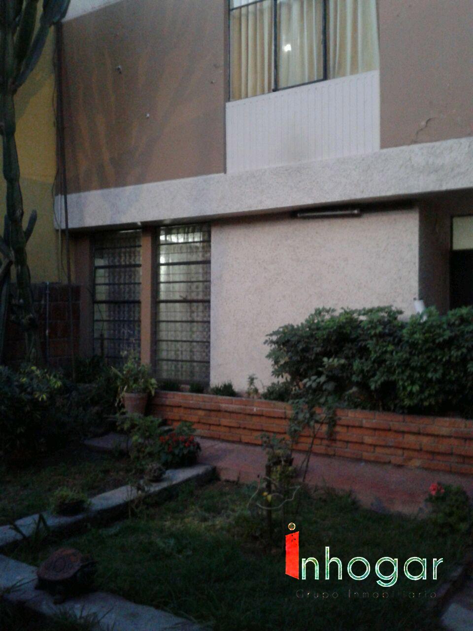 Venta de Casa en Cayma, Arequipa con 5 baños - vista principal