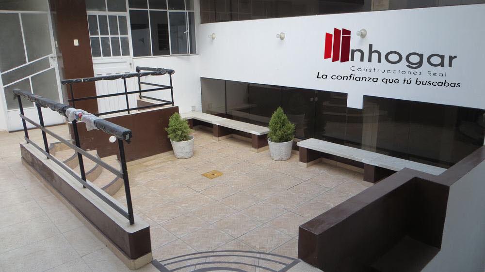 Venta de Local en Arequipa con 6 baños - 450m2 area total
