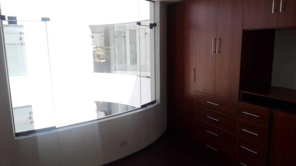 Venta de Departamento en Arequipa con 3 dormitorios con 3 baños