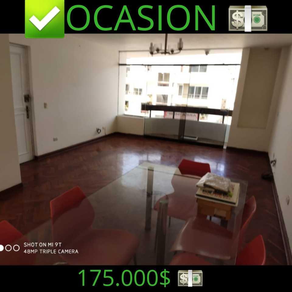 Venta de Departamento en San Borja, Lima con 3 dormitorios