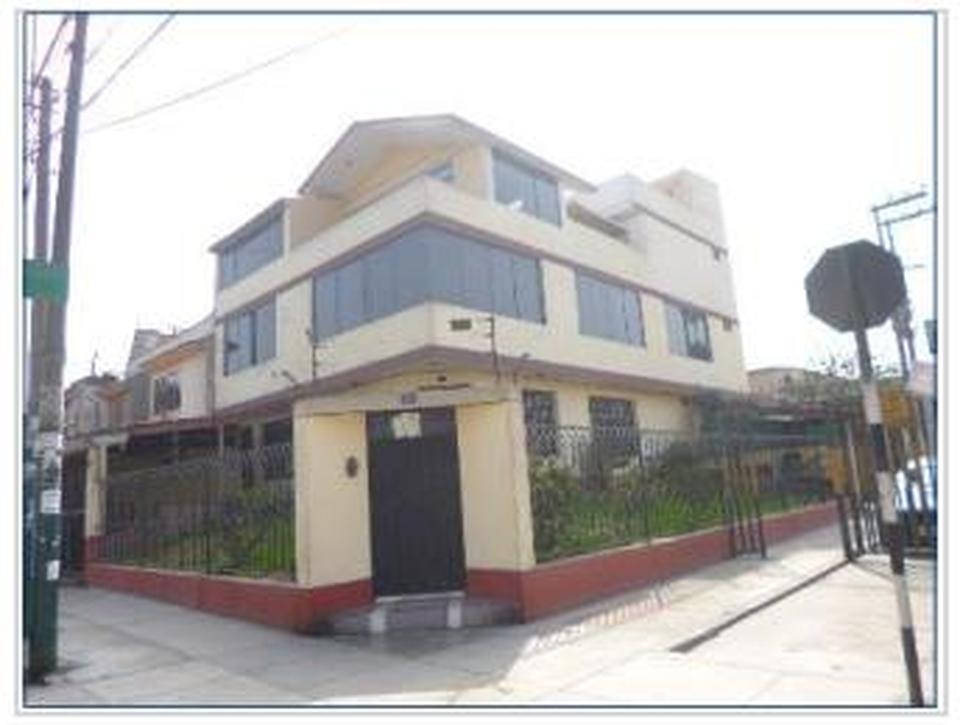 Venta de Casa en La Molina, Lima - vista principal