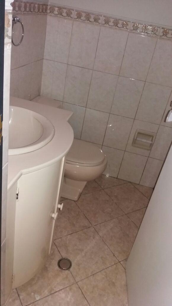 Alquiler de Oficina en Arequipa con 4 baños - con vista urbano