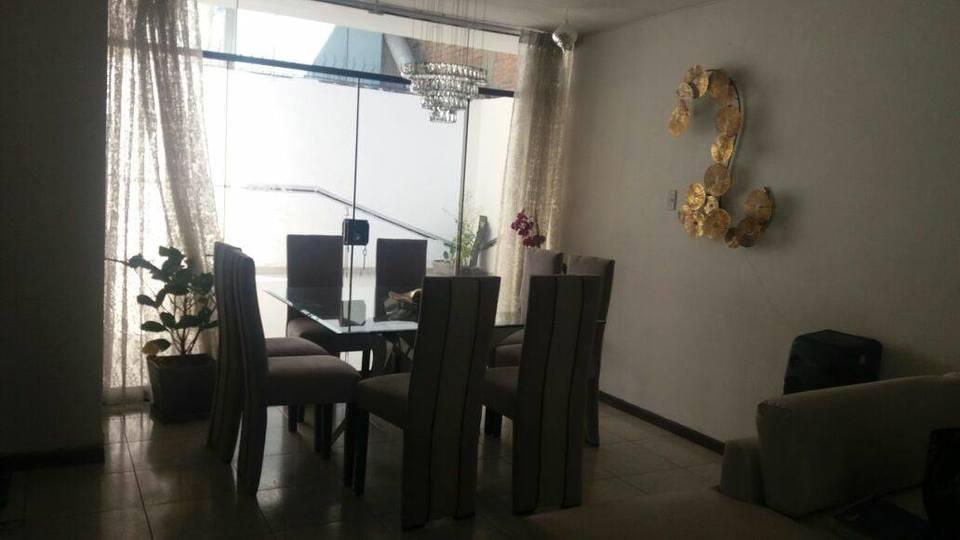 Venta de Casa en Jose Luis Bustamante Y Rivero, Arequipa 210m2 area total - vista principal