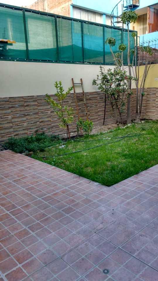 Venta de Casa en Arequipa con 4 dormitorios - con 3 baños