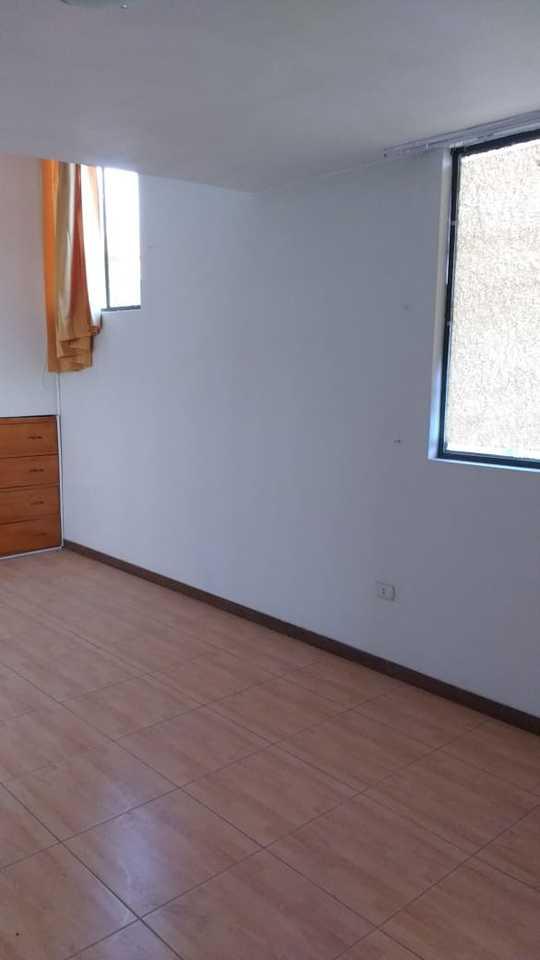 Venta de Casa en Arequipa con 4 dormitorios - con 1 estacionamiento
