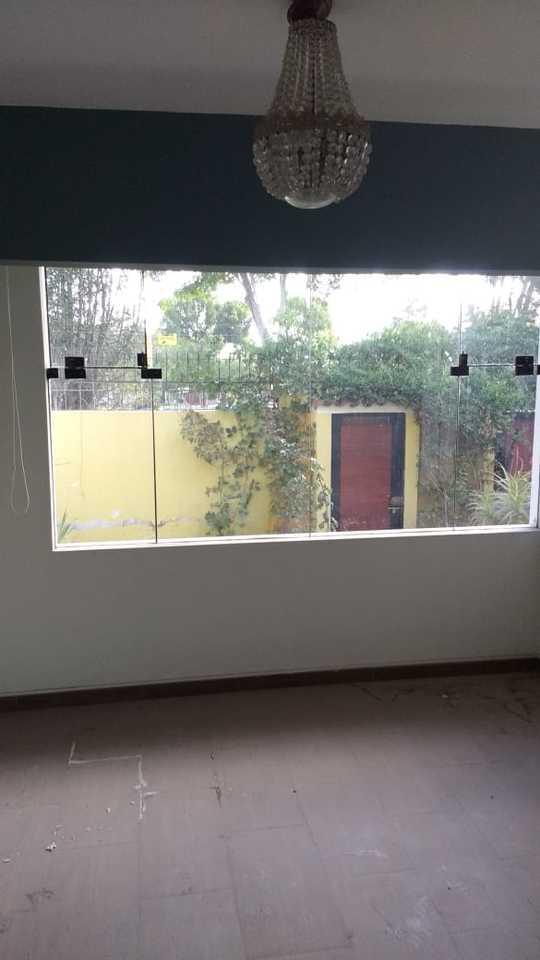 Venta de Casa en Arequipa con 4 dormitorios - 232m2 area construida