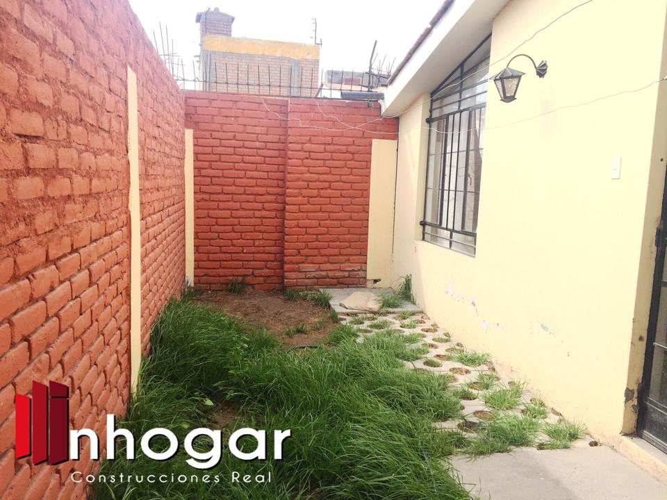 Alquiler de Casa en Arequipa con 3 dormitorios - de 1 pisos