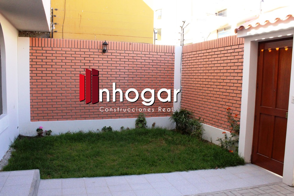 Alquiler de Casa en Cayma, Arequipa - con 4 dormitorios