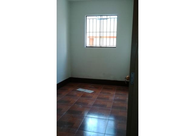 Alquiler de Casa en Lima con 2 baños - 200m2 area total