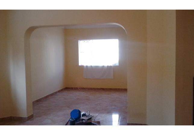 Alquiler de Casa en Lima con 2 baños - con 1 cuarto servicio