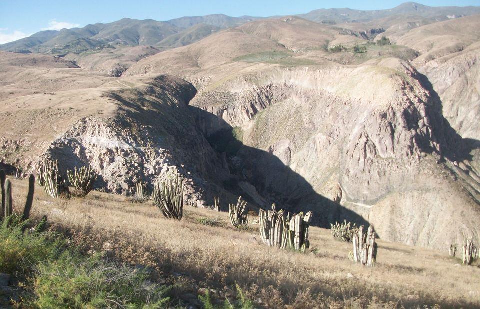 Venta de Terreno en Yanaquihua, Arequipa 30000000m2 area total