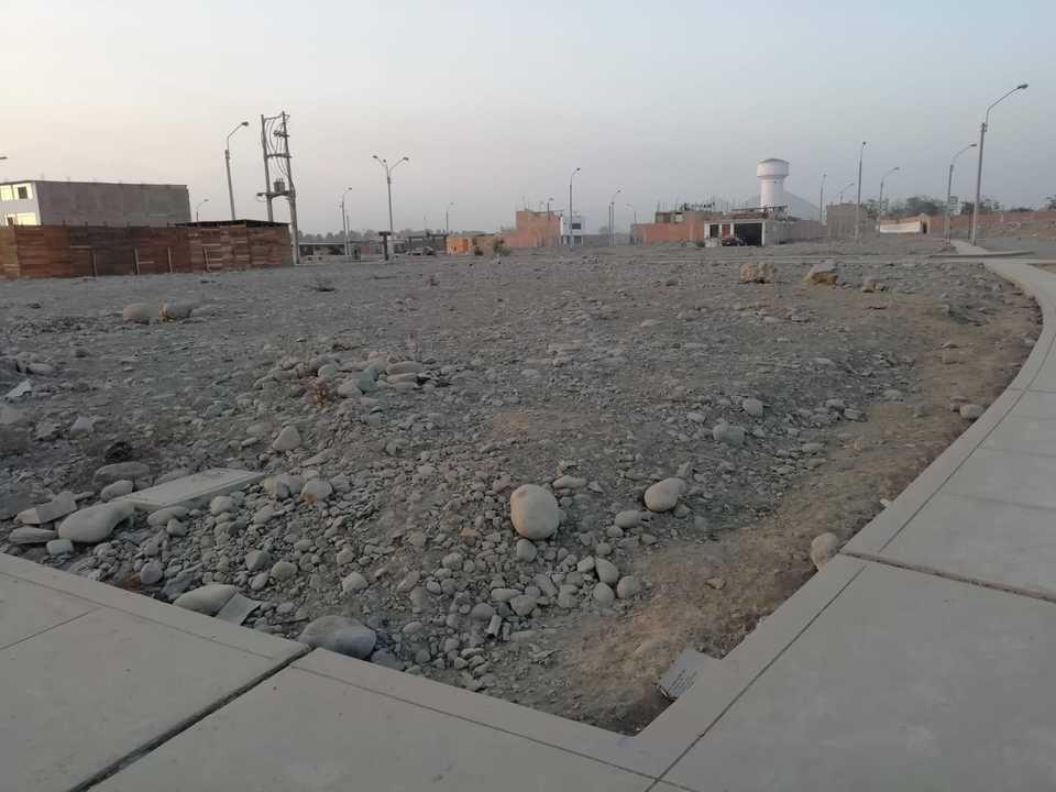 Venta de Terreno en Lima 147m2 area total estado Entrega inmediata