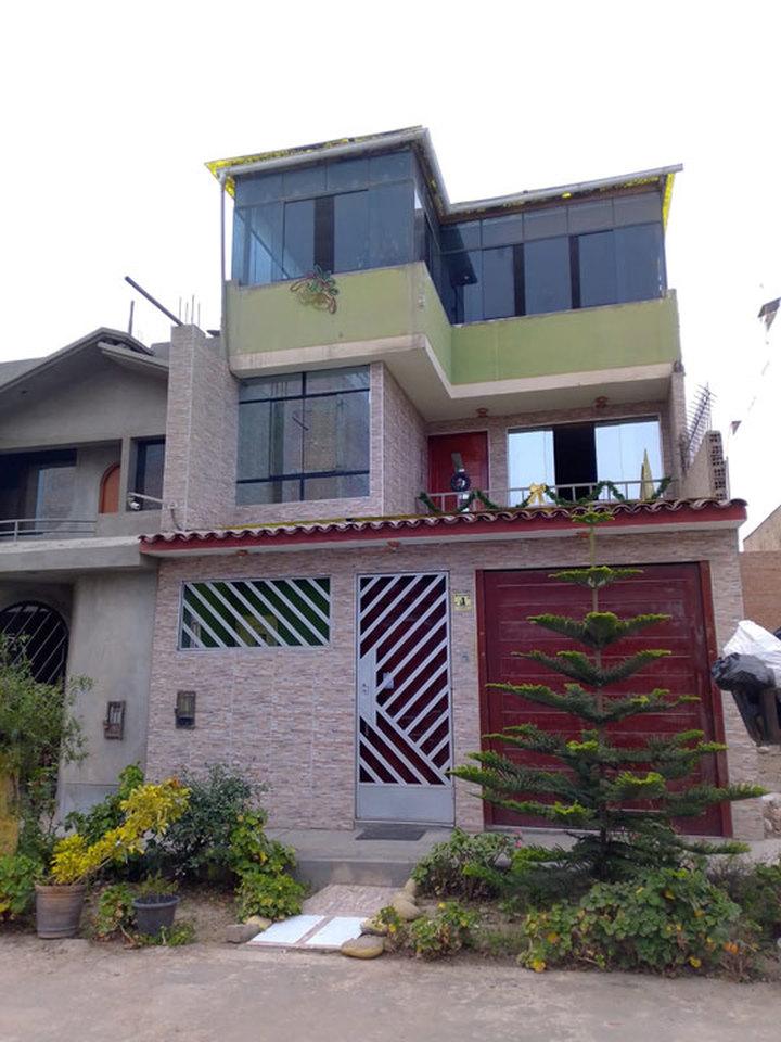 Venta de Casa en Carabayllo, Lima con 2 baños