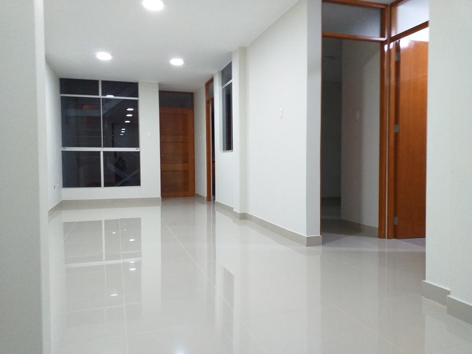 Alquiler de Departamento en San Vicente De Cañete, Lima con 3 dormitorios