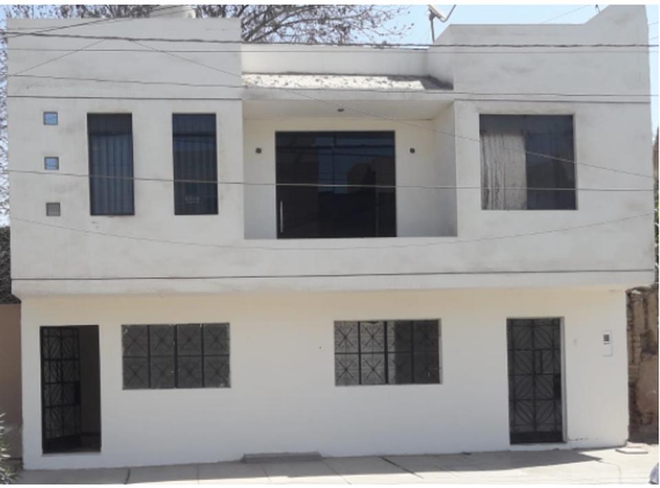 Alquiler de Casa en Ica con 3 dormitorios - vista principal
