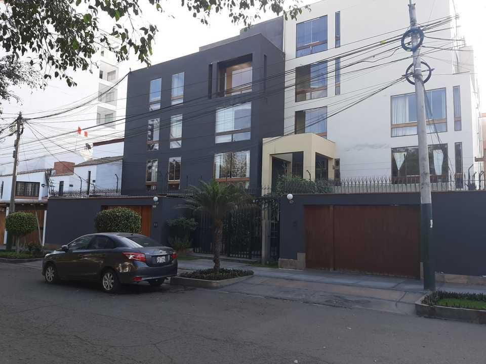 Alquiler de Departamento en Santiago De Surco, Lima con 4 dormitorios