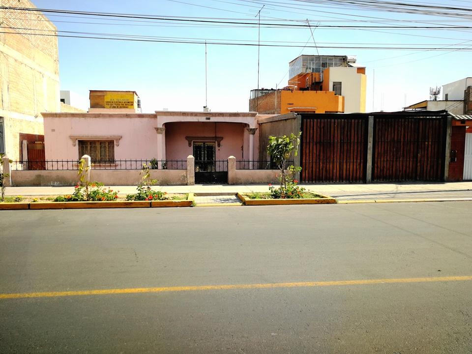 Venta de Casa en Miraflores, Arequipa - vista principal